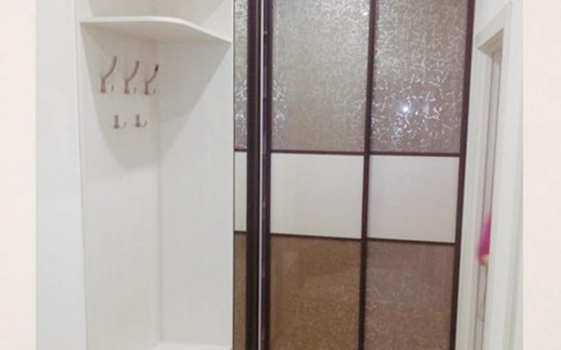 Шкаф купе в небольшой коридор