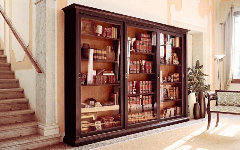 Книжные шкафы купе со стеклянными дверями