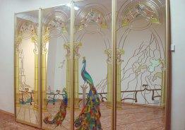 Шкафы купе с витражными стеклами