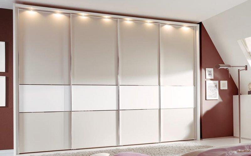 Шкафы купе 4 двери светлые