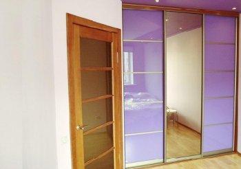 Шкафы купе в комнату современные