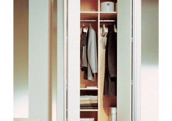 Складная система дверей для шкафов купе