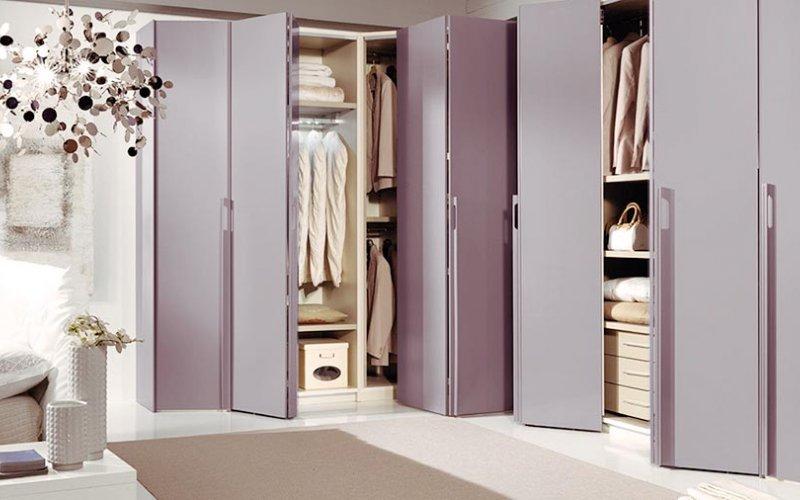 Складная дверь для шкафа купе