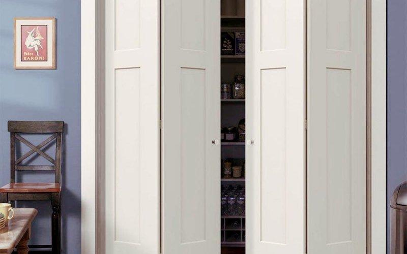 Системы складных дверей для шкафов купе