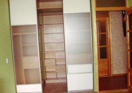 Шкаф купе с прозрачным стеклом