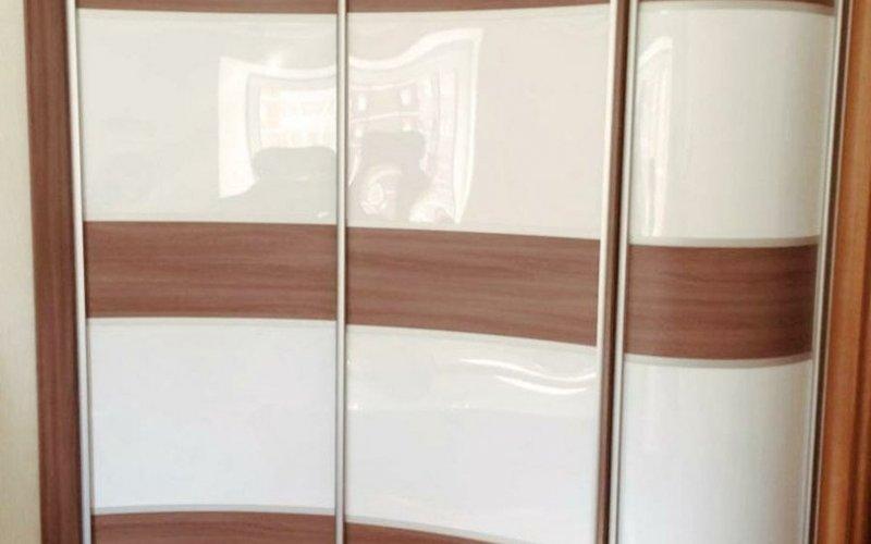 Шкафы купе с радиусными фасадами