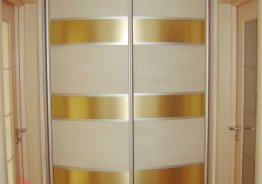 Шкаф купе с радиусными дверями