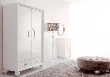 Шкаф купе в светлую комнату