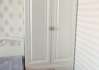 Шкаф купе в маленькую комнату
