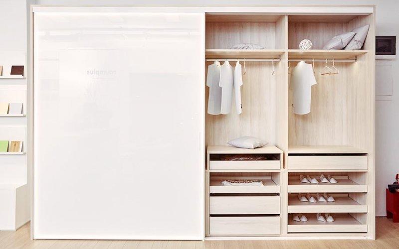 Шкаф купе белый в комнату