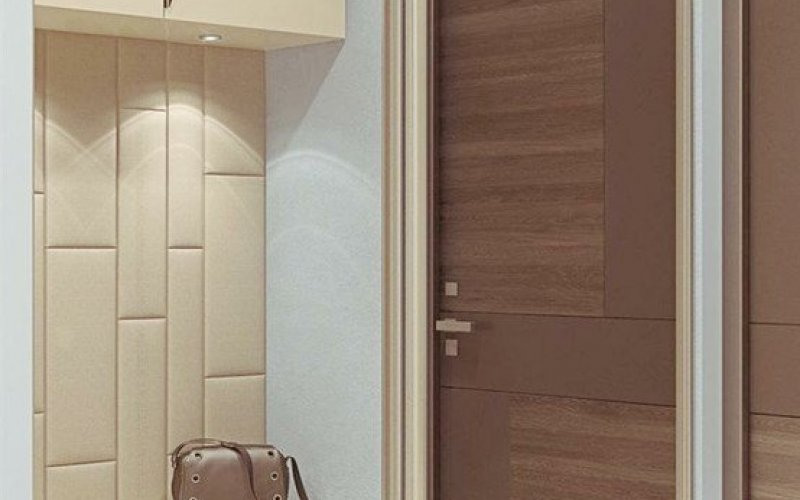 Встроенный зеркальный шкаф купе в прихожую