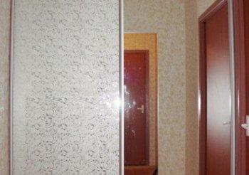 Шкаф купе 130 см с зеркалом