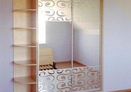 Шкаф купе две двери зеркало