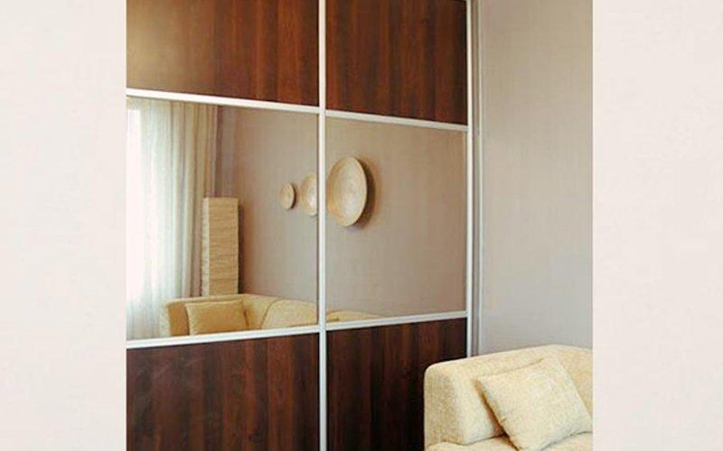 Шкаф купе 2 створчатый с зеркалом