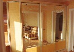 Шкаф купе с боковой дверью