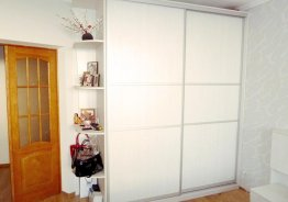 Шкаф купе деревянный белый