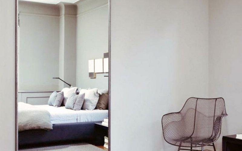 Раздвижные зеркальные двери в гардеробную комнату цена