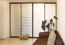 Фасадные двери для встроенных шкафов