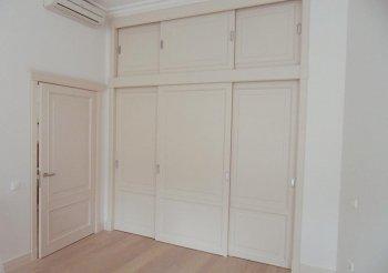 Дверь купе МДФ по стене между комнатами