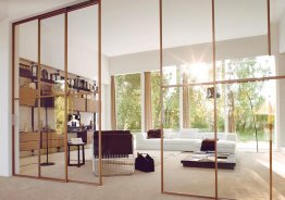 Изготовление стеклянных перегородок и дверей