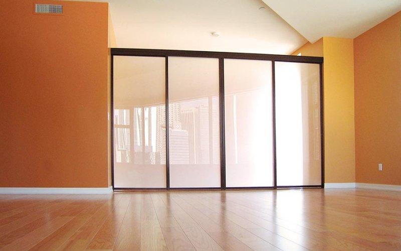 Изготовление стеклянных перегородок для дома