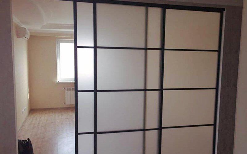 Раздвижные двери из алюминия
