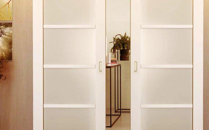 Раздвижные матовые двери