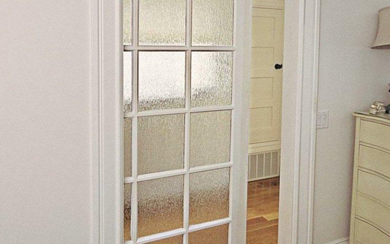 Дверь раздвижную в пенале