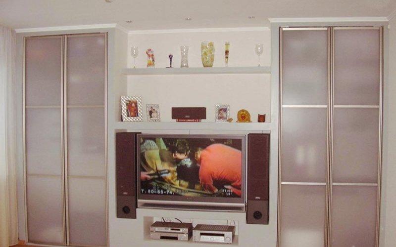 Модульная мебель для гостиной со шкафом купе