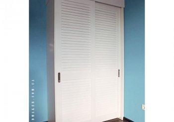 Жалюзийные двери для встроенных шкафов