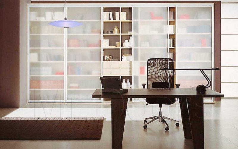 Шкаф купе со стеллажом для книг