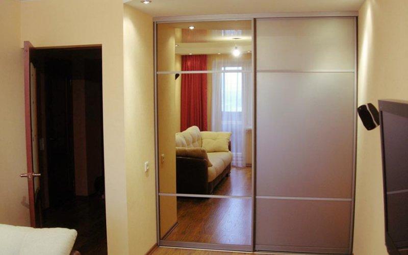 Шкаф купе 2 метра 2 двери