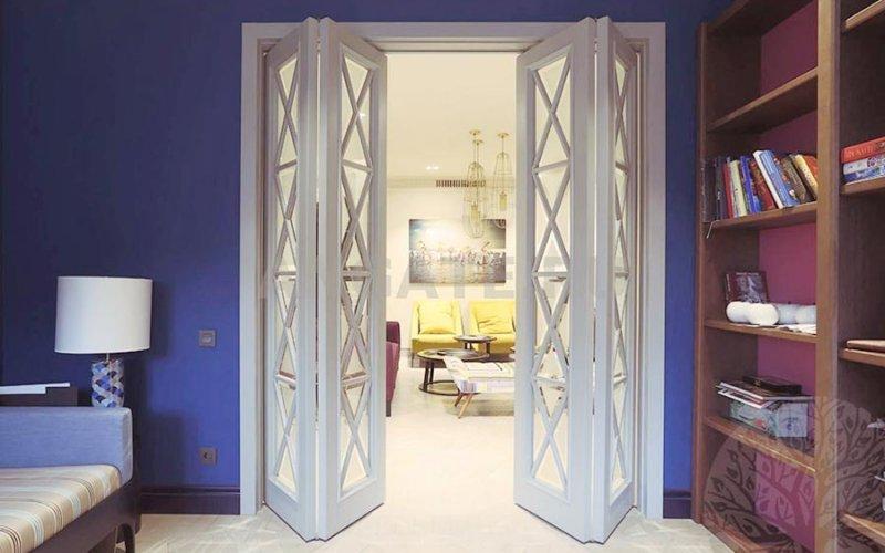 Межкомнатная дверь купе гармошка