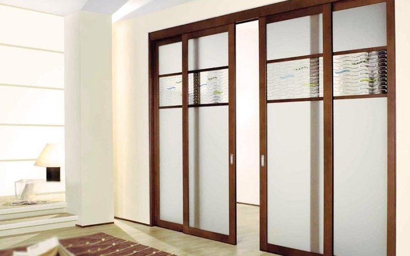 Двери купе межкомнатные матовое стекло