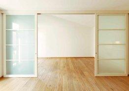Двери для перегородок в комнате