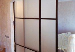 Дверь перегородка из алюминиевого профиля