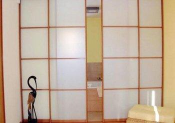 Пластиковые перегородки для зонирования комнаты