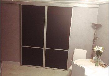 Раздвижная дверь в гостиную