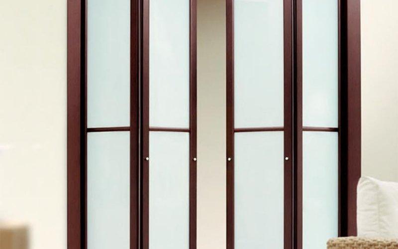 Дверь межкомнатная раздвижная гармошка деревянные