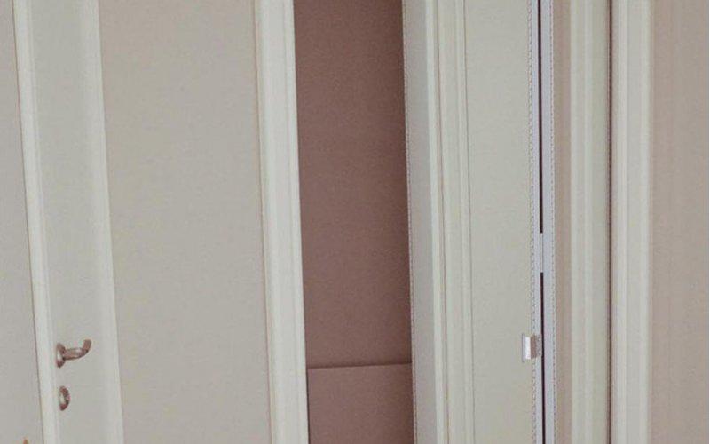 Раздвижная дверь гармошка деревянная