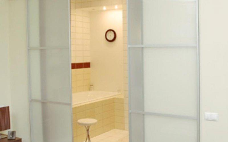 Раздвижные межкомнатные двери в ванную комнату