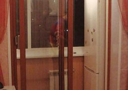 Раздвижные двери на шкаф на балкон
